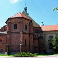 kościół z tyłu, Ласк