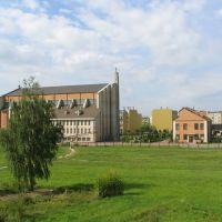 Widok na Kościół Podwyższenia Krzyża Świętego, Опочно