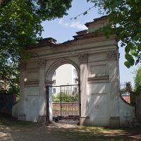 Brama Rzymska z początku XIX w., Пулавы