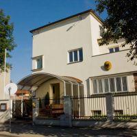 Konsulat RFN w Opolu//Deutsch Konsulat in Oppeln//German consulate in Opole, Бржег