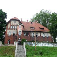Siedziba RZGW Zarząd Zlewni Środkowej Odry w Opolu, Бржег