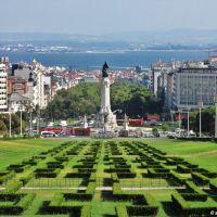 LISBOA - do Parque Eduardo VII  ao Rio Tejo (3km) *************************** LISBON  - from the Edward VII Park  to Tagus River (3km), Лиссабон