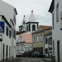 Entering the town of Horta, Вила-Нова-де-Гайя