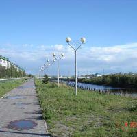 Набережная в ясный день, Излучинск
