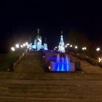 В начале пути к Храму ночью, Ханты-Мансийск