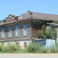 Деревянный дом с каменным фундаментом, Змеиногорск