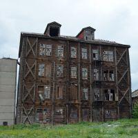 Деревянный небоскреб в с.Поспелиха (июль 2012г.), Поспелиха
