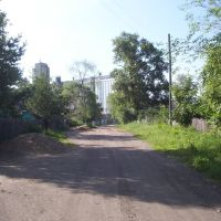 Перекрёсток ул. Амурской и пер. Амурского. Вид на элеватор, Поярково