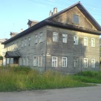 Drewniany dom w Welsku. A wooden house is in Velske., Вельск