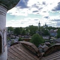 Вид на соборную площадь с крыши Воскресенской церкви, Каргополь