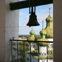 Вид со звонницы на церковь Иоанна Предтечи, Каргополь