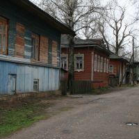 Набережная в Красноборске. На переднем плане дом краеведа Зашихина., Красноборск