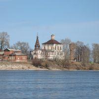 Спасообыденная церковь в Сольвычегодске на берегу Вычегды, Сольвычегодск