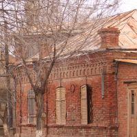 Один из 3-х домов 19 века в Красном яру, Красный Яр