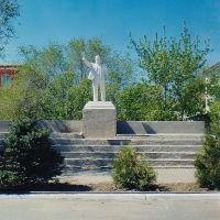 Памятник Ленину  /  Lenin Monument, Харабали