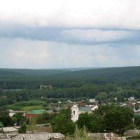 Вдали - долина реки Ик, Большеустьикинское