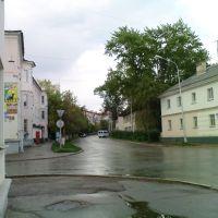 Пересечение улиц Губкина и Островского в районе городского рынка, Октябрьский