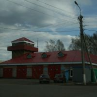 The only traffic lamp and the local fire brigades headquarter [2005], Чекмагуш