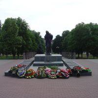 Памятник погибшим воинам, Валуйки