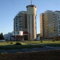 Водонапорная башня, Строитель