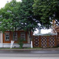 На ул. Ленина, Суздаль