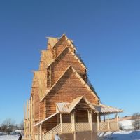 Artificial wooden church constructed for movie, must be buried off, Суздаль