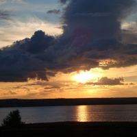 Летний закат над Волжским водохранилищем, Быково