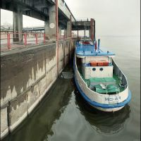 В речпорту .In river port, Волгоград