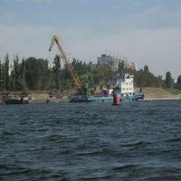 Вид с р. Волга на 6мкр. (08.2007), Камышин
