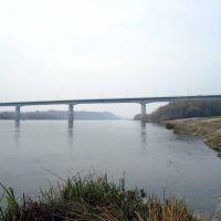 У моста, Серафимович