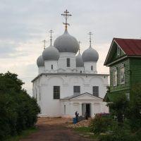 Собор Спаса Преображения, Белозерск