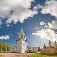 Главный собор Михайло-Архангельского монастыря в Великом Устюге, Великий Устюг