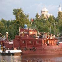 Vytegra this town and the river. Cathedral Sreteniya Gospodnya / Вытегра — город и река. Собор Сретения Господня, Вытегра