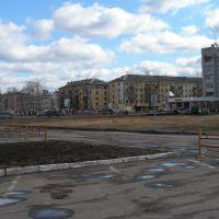 Площадь у администрации района, Сокол