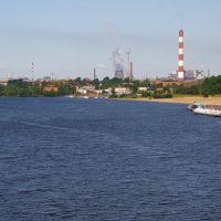 """Вид на реку Шексна, пристань """"Ломоносова"""", АО """"Северсталь"""" / View of the Sheksna river, the quay """"Lomonosovs"""", the joint-stock company """"Severstal"""" (22/07/2007), Череповец"""