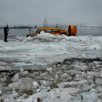 Дорога сквозь льды  // A trip through ice, Бор