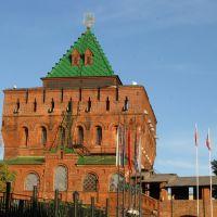 Дмитриевская башня и ворота. Сооружена в 1372 - 1511 гг., Нижний Новгород