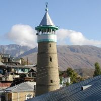 Джума мечеть в Ботлихе. БечIуха Машке (ботл.), что означает Главная мечеть. Построена в 1903 г., Ботлих