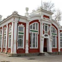 Буйнакск. Здание Городского театра (ныне - краеведческий музей), Буйнакск