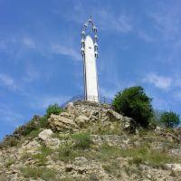 Памятник Белым Журавлям в Гунибе, Гуниб
