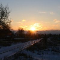 Sunrise and rails | Восход над рельсами, Приволжск