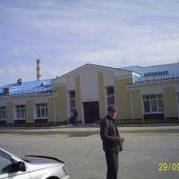 Площадь у ЖД вокзала, Железногорск-Илимский