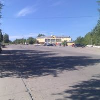 Железногорск-Илимский площадь у гостиницы, Железногорск-Илимский