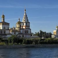 собор и церковь на Нижней набережной, Иркутск