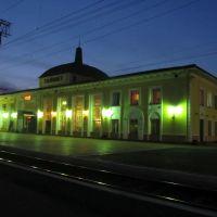 Тайшетский вокзал вечером., Тайшет