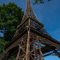 Эйфелева башня, Гусев