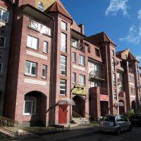 Новый жилой дом рядом с улицей Ленина в Зеленоградске., Зеленоградск