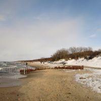 Март. На пляже в Зеленоградске около второго железного волнореза. Панорама из трёх кадров., Зеленоградск