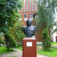памятник кутузову, Правдинск