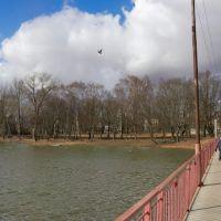 На мосту через Городской пруд в Советске., Советск